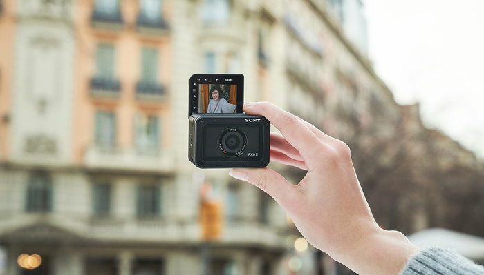 Sony RX0 II Is a $698 Mini Vlogger Cam