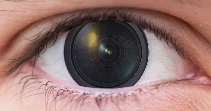 Researchers Create Contact Lens That Works Like a Zoom Lens, Controlled by Blinking