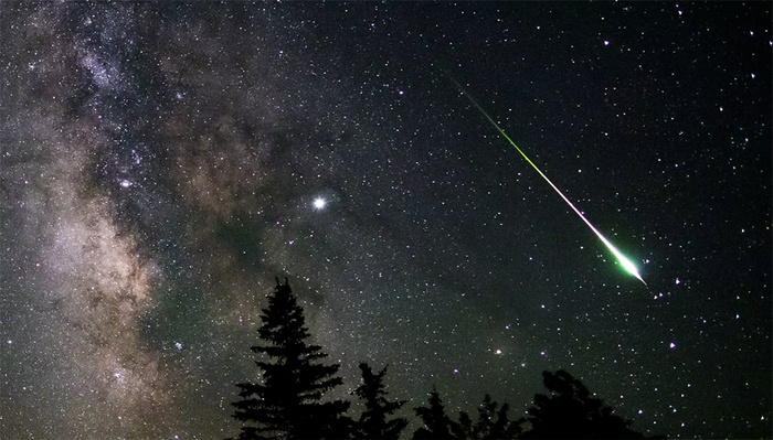 Time-Lapse Photographer Captures Stunning Meteor Explosion While Fast Asleep