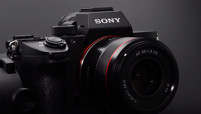 Cheap and Light: A First Look at the New Samyang 45mm f/1.8 Lens for Sony Mirrorless