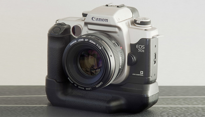 Is Canon Planning a Retro Design for the 1D X Mark III? Sadly Not