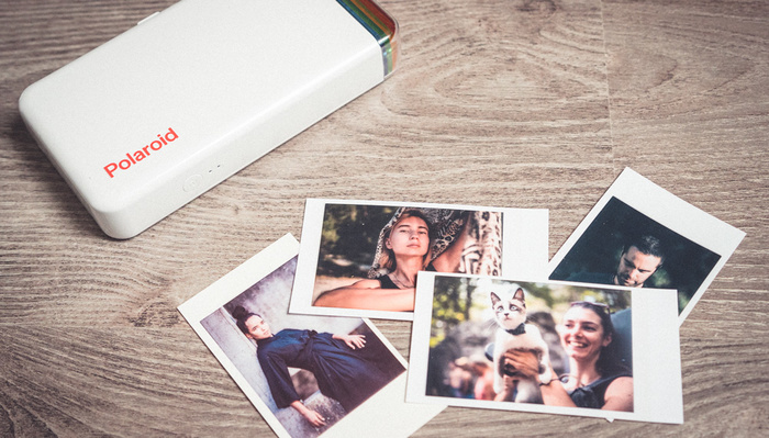 Printable Fun: Fstoppers Reviews the Polaroid Hi-Print, a Tiny Wireless Printer for Smartphones
