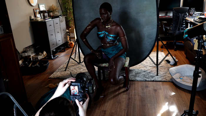 Behind the Scenes of a Beautiful Portrait Shoot with Just One Low Cost Flash