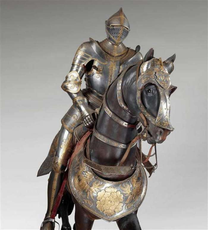 Equestrian armor of François Ier, made by an Austrian armorer around 1540 (the king therefore did not wear it in Marignan).  Exceptional copy kept at the Musée de l'Armée, Hôtel des Invalides, Paris.  © RMN-Grand Palais, Pascal Segrette