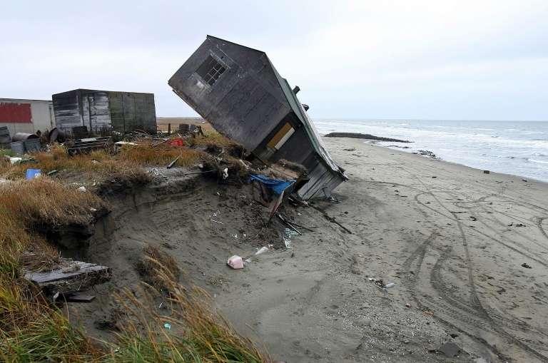 Tempêtes, érosion du littoral... Plus d'un tiers des côtes sablonneuses de la planète pourraient disparaître d'ici 2100. © Gabriel Bouys, AFP, Archives