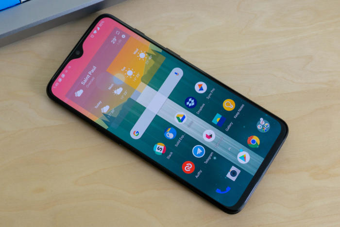 Fix OnePlus 6T Battery Charging Issue And Switching on
