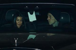 Kourtney Kardashian and Travis Barker at dinner