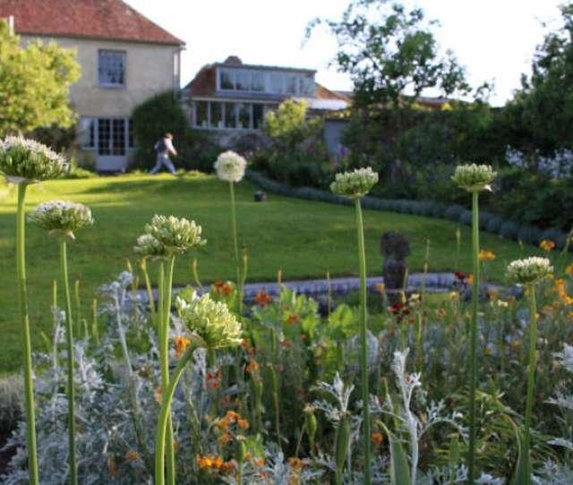 Bloomsbury In Sus Garden Visit To Charleston Farmhouse