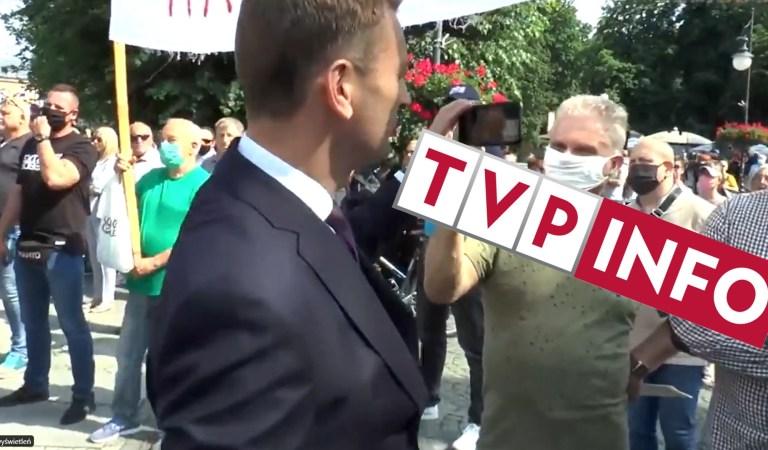 """TVP INFO: """"Nitras pokazuje wyborcom PiS swoje buty. Tylko 600 zł, ale dobrze wyglądają"""". Bezstronność i fachowe dziennikarstwo za nasze pieniądze."""