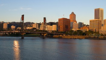 Portland passes permanent laws to legalize Uber, Lyft