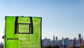 AmazonFresh drops grocery subscription to $15/month, axing $299/year fee