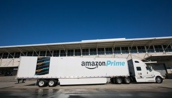 Amazon launches Relay app to help truckers get into and out of its warehouses faster