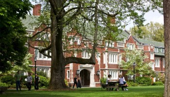 Microsoft donates $500k to Portland college where Steve Jobs was a dropout