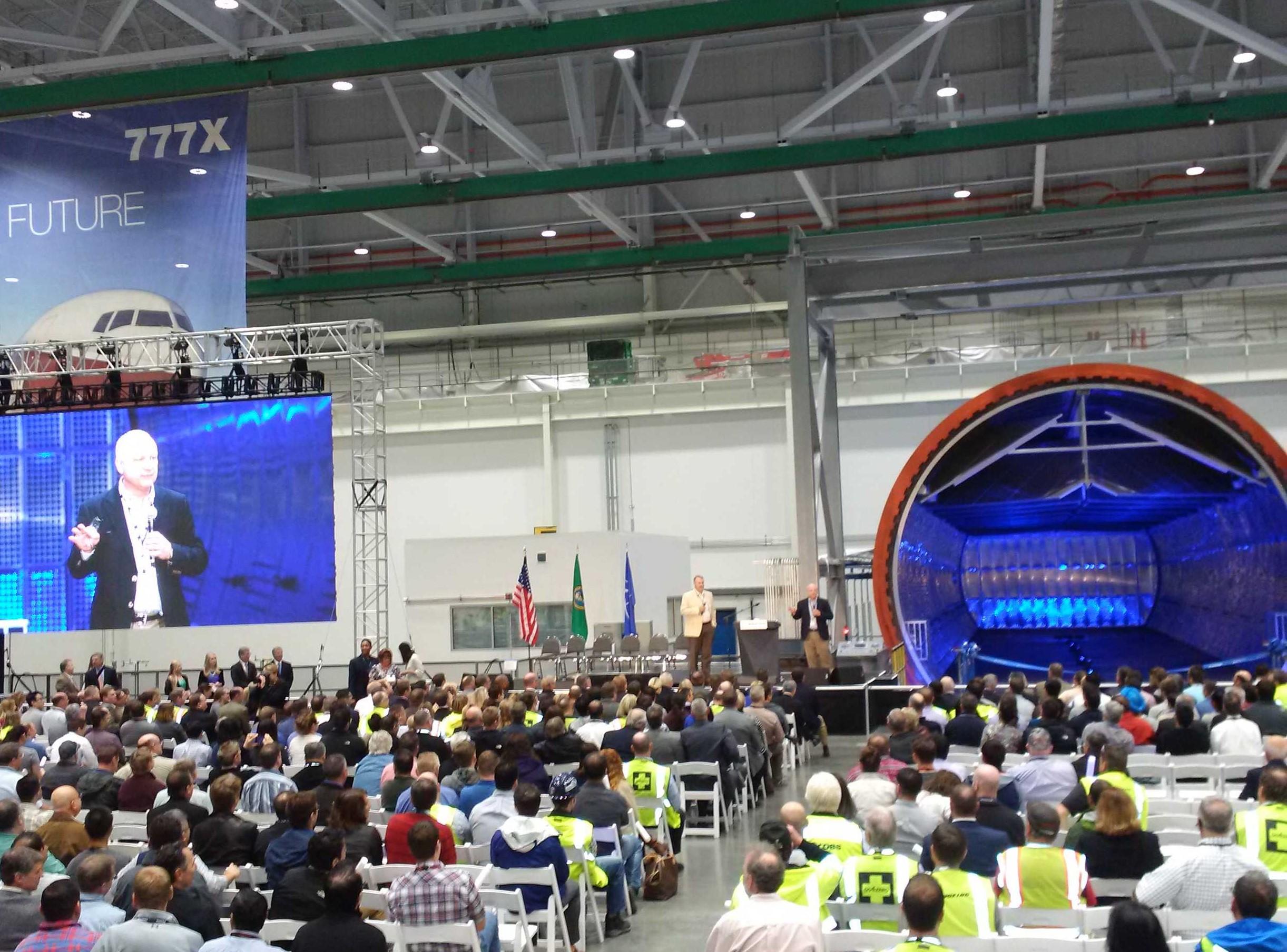 Resultado de imagen para Boeing 777x production