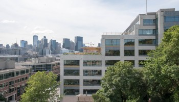Facebook hungry for more office space in Seattle, report says