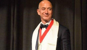 Amazon exceeds Wall Street expectations for 1st quarter, CEO Jeff Bezos touts efforts in India
