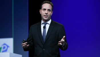 Filing shows what Zillow pays for CEO's air commute from L.A. to Seattle