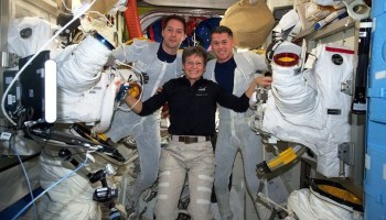 Spacewalkers finish swapping batteries