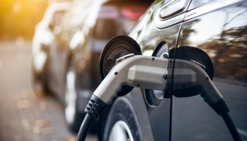 Bill would let public utilities team with private companies on electric vehicle charging stations