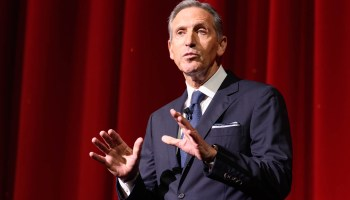 Howard Schultz pauses presidential campaign as staff shrinks