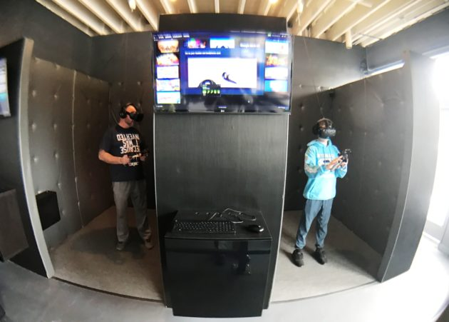 Side-by-side VR booths