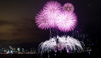 Headed to Gas Works for Seattle fireworks? Save the headache and take Uber, bike, or public transit