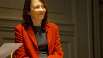 Sen. Cantwell and Rep. DelBene seek $220M/year in federal funding for 'smart city' programs