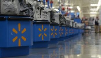 With one eye on Amazon, Walmart plans to develop its own artificial intelligence networks