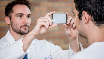 Univ. of Washington researchers developing smartphone app that can detect concussions