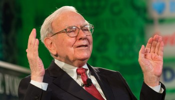 Warren Buffett reveals more details about healthcare venture with JPMorgan and Amazon