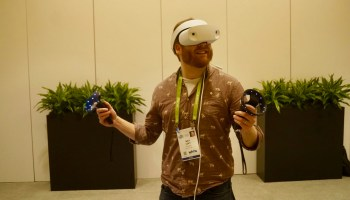 Hands-on with Windows Mixed Reality headsets: Same tech as Microsoft HoloLens, at a lower price