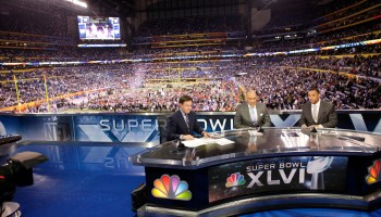 How to stream the Super Bowl; Bill Gates vs. Roger Federer; Olympics training with VR; and more sports tech news