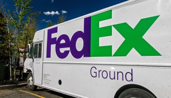 FedEx ends U S  air-shipping deal with Amazon as tech giant
