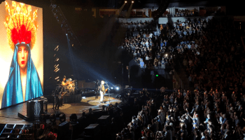 Smashing Pumpkins concert in Seattle delights fans around the world thanks to Twitter live stream