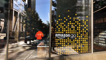 For the 1st time, a new Amazon Go store accepts cash as lawmakers push cashless retail bans