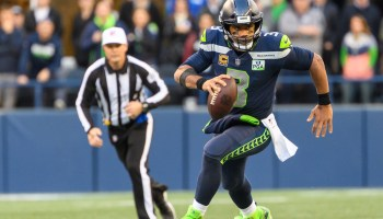 #SurfaceDrop: Seahawks star Russell Wilson births new celebration with Microsoft tablet during big win