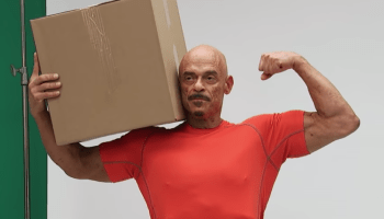 Amazon tweets about Flex driver who lost weight on job; internet ties it back to a Comedy Central show