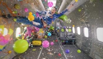 OK Go on parabolic airplane flight