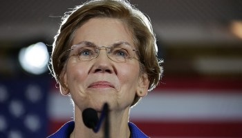 Unimpressed by the Un-carrier: T-Mobile is latest Seattle-area target for Elizabeth Warren