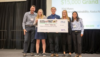 In quest to make a better battery, Univ. of Washington students win environmental innovation challenge