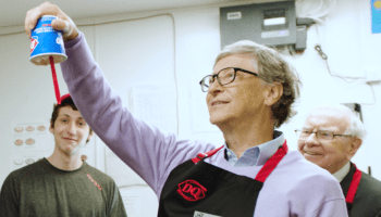 From software to soft serve, Bill Gates joins Warren Buffett in dishing up ice cream at Dairy Queen