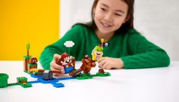 Pre-orders start for LEGO and Nintendo 'Super Mario' set that interacts with the physical world