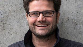 亚马逊起诉前AWS营销副总裁布赖恩·霍尔(Brian Hall),因为他接受了谷歌云的工作