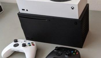 拆箱微软新的Xbox游戏机:低调的外观的权重股表现