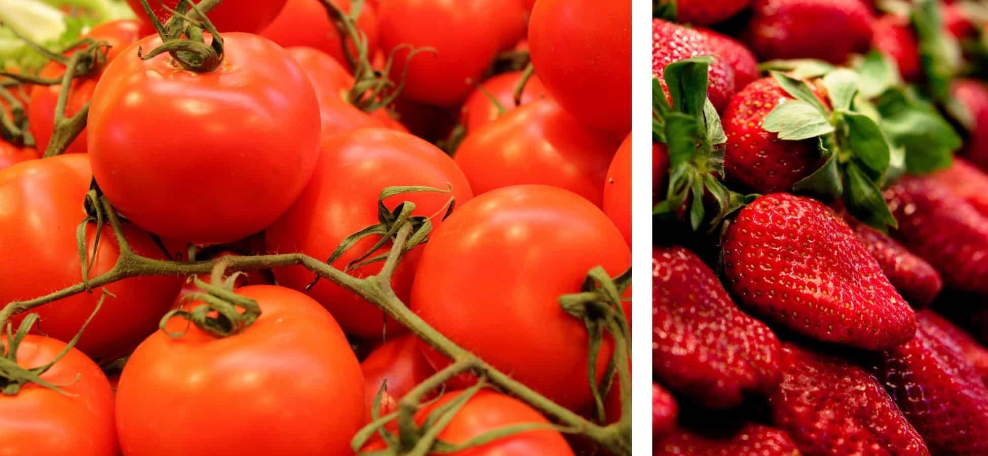 A gauche : des tomates  à droite : des fraises