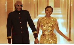 Nigerian musician 2face and his wife, Annie