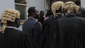 The CJ has recently asked the bench to check lawyers for dress code compliance in court