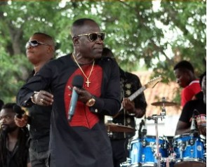 Renowned Ghanaian high-life singer, Dan Amakye dede