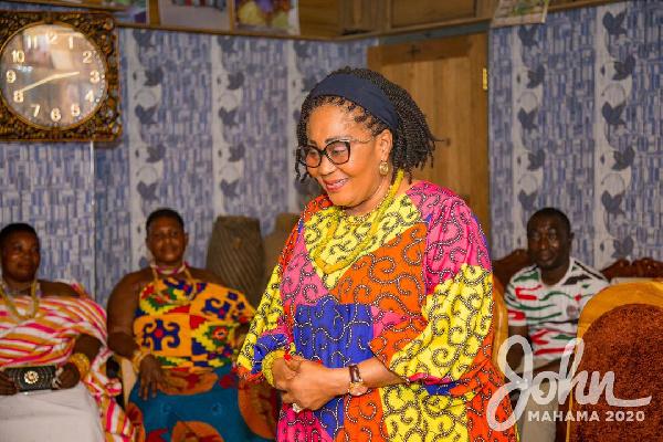 Lordina Mahama campaigns for husband