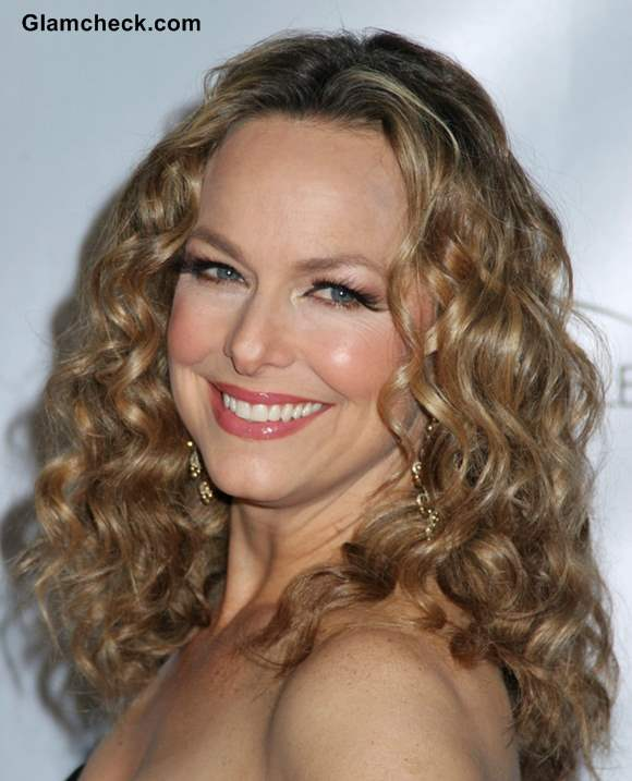 Melora Hardin Sports Bountiful Curls At The Office